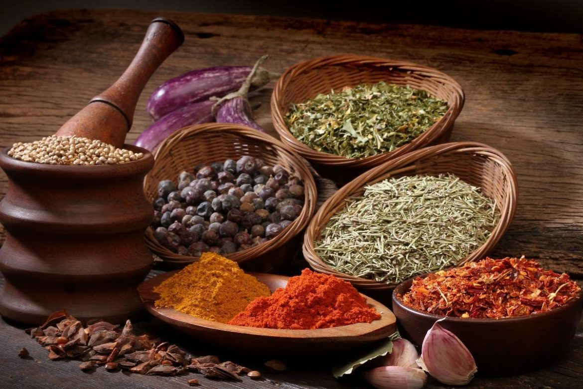 8 Tips on how to roast your own spices